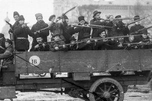 Červené gardy boli ozbrojenou päsťou diktatúry.