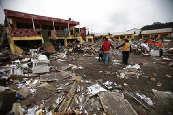 Silné zemetrasenie spôsobilo škody hlavne v strednej oblasti Čile.