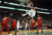 Basketbalisti Bostonu dosiahli 12. víťazstvo v sérii.