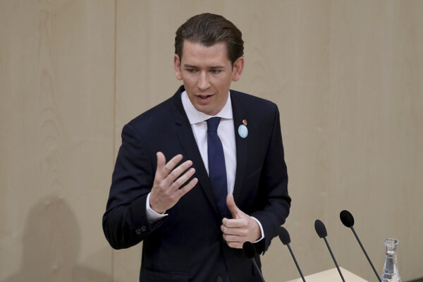 O podozrení informoval rakúsky kancelár Sebastian Kurz.