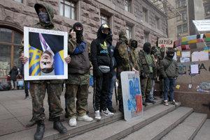 Dezinformačnú scénu na Slovensku dalo do pohybu majdanské hnutie.