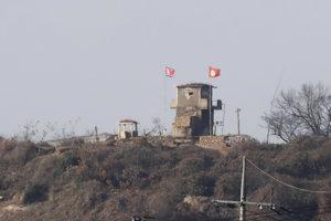 Ostro strážená hranica medzi Južnou a Severnou Kóreou.