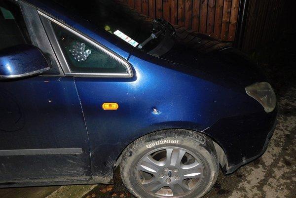 Poškodené vozidlo.