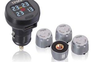 Systém pre kontrolu tlaku pneumatík EXT Compass - Jednoducho vymeníte čiapočky ventilov a údaje o tlaku v pneumatikách sa vám ukazujú priamo na displeji, ktorý zasuniete do 12V zásuvky. Okrem zvukového upozornenia na vysoký či nízky tlak ponúka aj USB port na nabíjanie. V ponuke auto123.sk ho nájdete za rovných 128 eur.