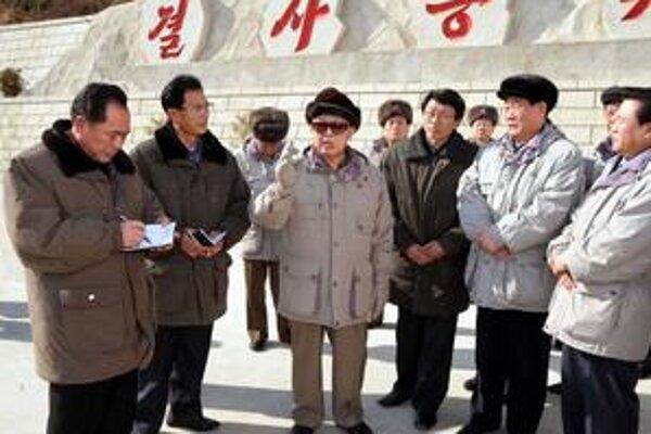 Komunistický režim chce silou–mocou zaujať Obamu.