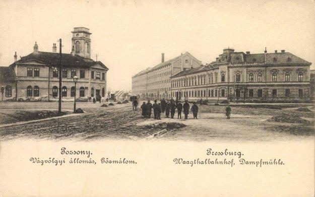 Stanicu konskej železnice postavili v Prešporku v rámci prvej konskej železnice v Uhorsku. Najprv viedla z Bratislavy do Svätého Jura, v roku 1846 ju predĺžili do Trnavy a Serede.