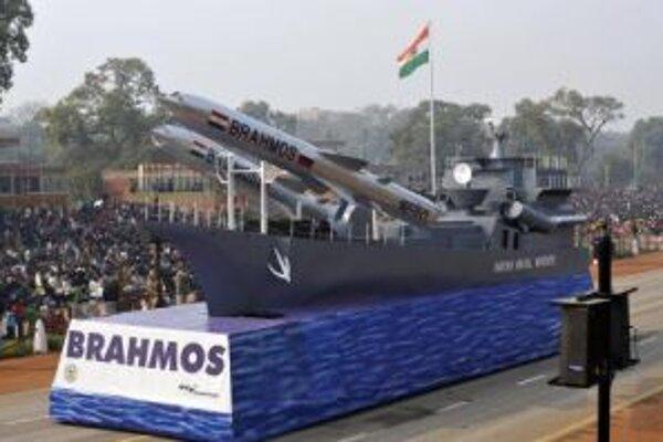 India predvádza svoje rakety počas sviatku Dňa republiky.