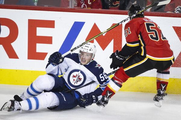 Marko Daňo, Winnipeg – 850-tisíc dolárov. S Winnipegom podpísal zmluvu iba na jednu sezónu. A hrá v nej aj o svoju budúcnosť. Teda presnejšie – skôr nehrá. Nastúpil zatiaľ len na šesť zápasov, nezískal v nich ani bod. Čochvíľa 23-ročný útočník si nevie nájsť pevné miesto v NHL. Je už v treťom klube, zväčša striedal prvý tím s farmou, brzdili ho aj zranenia. Po sezóne bude obmedzeným voľným hráčom a bojuje aj o to, aby mu ešte niekto v NHL dal novú zmluvu.