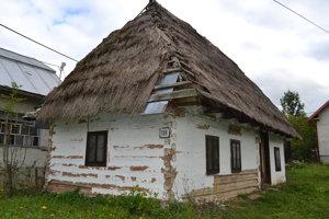 Takto vyzeral domček v Novej Sedlici začiatkom októbra.