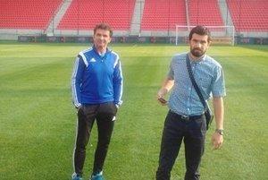 Športový riaditeľ Vladimír Lajčák (vľavo) si strénerom A-mužstva Branislavom Ondášom výborne rozumie.