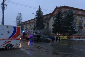 Nehoda na Hollého ulici pri prešovskej nemocnici po tretej popoludní.