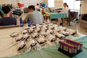 Krv dnes darovalo 62 darcov.
