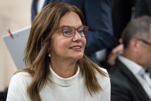 Europoslankyňa Monika Beňová zo Smeru pre SME hovorí, že na víkendovom sneme Smeru k žiadnym personálnym zmenám nedôjde.