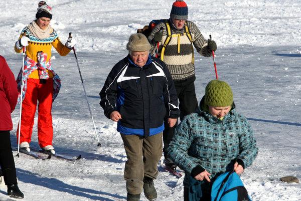 Aktívni dôchodcovia sa môžu zo Slovenska vytratiť, lebo budú mať mizernú penziu.