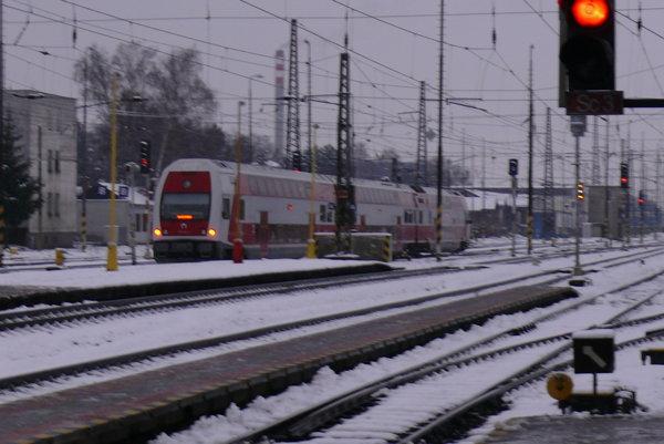 Od nedele platí na železnici nový cestovný poriadok.