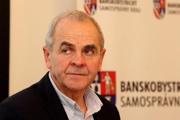 Ján Lunter na mimoriadnom zasadnutí banskobystrického kraja.