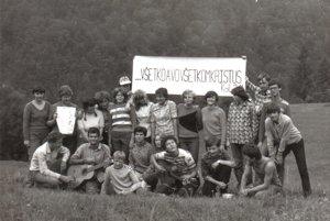Tábory evanjelickej mládeže. V 80. rokoch neboli oficiálne povolené.