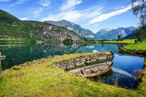 Nórske fjordy sú považované za najkrajšie.