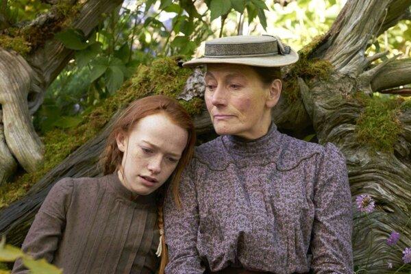 Anna s Marillou, cudzinky vo vonkajšom svete.