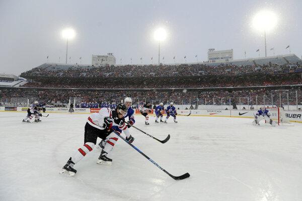 Momentka zo zápasu Kanada - USA.