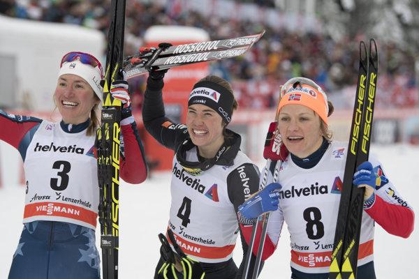 Prekvapivá víťazka Laurien van der Graaffová zo Švajčiarska (uprostred).