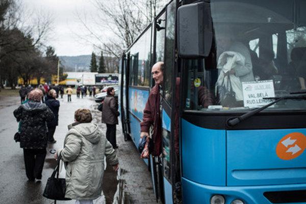 Víťazom tendra na dopravcu pre NSK sa stala skupina dodávateľov spoločností Arriva Nitra a Arriva Nové Zámky.