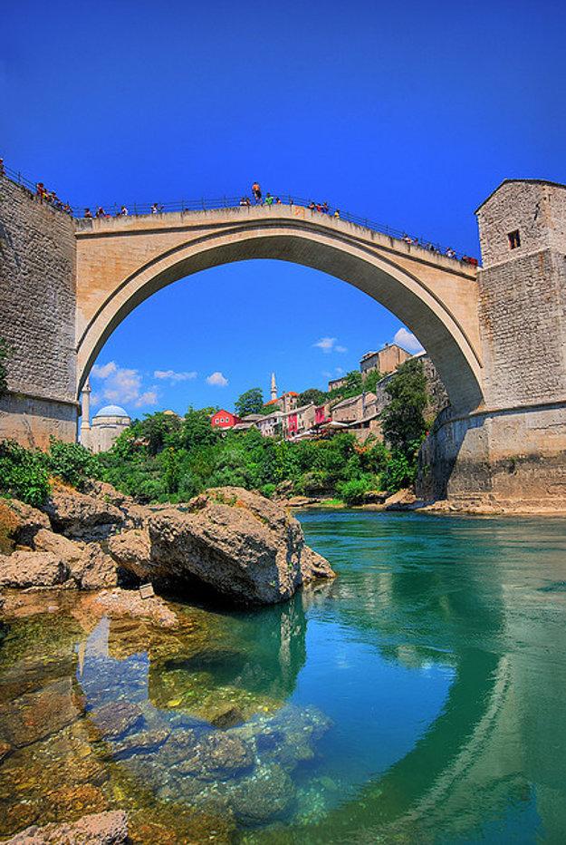 Mostar. Stari most.
