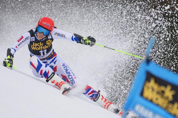 Petra Vlhová bude v druhom kole obrovského slalomu útočiť zo zadných pozícií.
