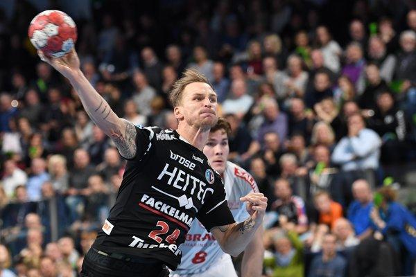 Nemecká bundesliga je najlepšou adozaista aj najnáročnejšou súťažou na svete, Martinovi Straňovskému však chutí. Svoje služby odvádza klubu HC Erlangen už štvrtú sezónu.