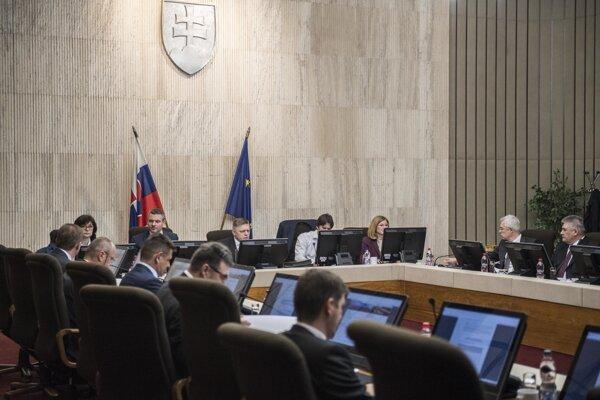 Na snímke rokovanie 83. schôdze vlády Slovenskej republiky v stredu 10. januára 2018 v Bratislave.