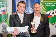 Pavol Bača (vľavo) sa stal trénerom dospelých za rok 2017 v stredoslovenskom kraji.