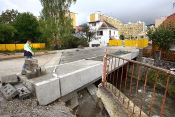 Nový most má spĺňať moderné parametre.
