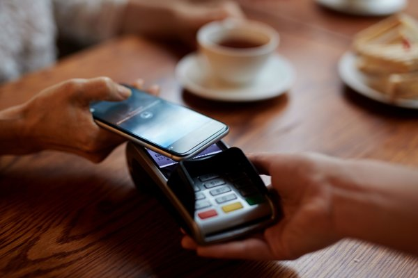 Platby mobilom budú mať novú funkciu od Google.