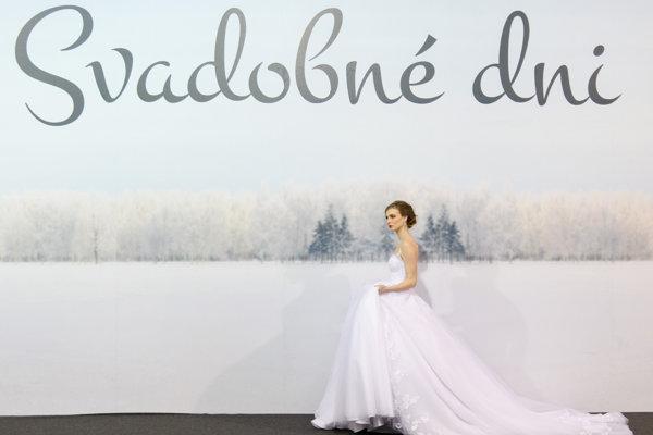 Deviaty ročník dvojdňovej výstavy predstavuje najnovšie trendy svadobného dizajnu na rok 2018.