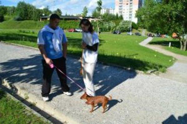Infokampaň má apelovať nielen na majiteľov psov, aby dodržiavali hygienické zásady. Zároveň chcú vyvinúť iniciatívu smerom k mestu, aby vytváralo pre psíčkárov vhodné podmienky.