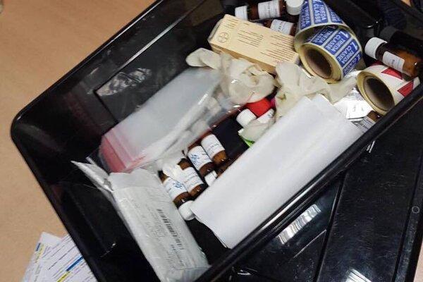 Lekárnik ilegálne obchodoval s liekmi.