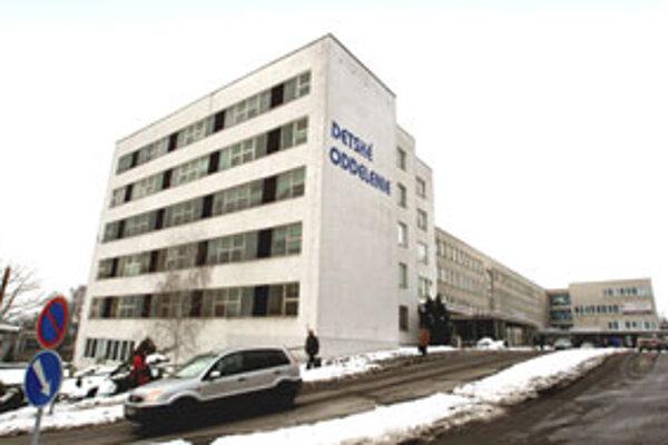 Zvolenská nemocnica s poliklinikou.