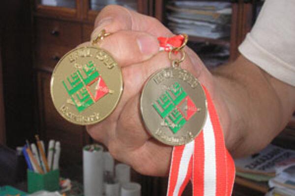 Medaily z lesníckeho šampiónátu.