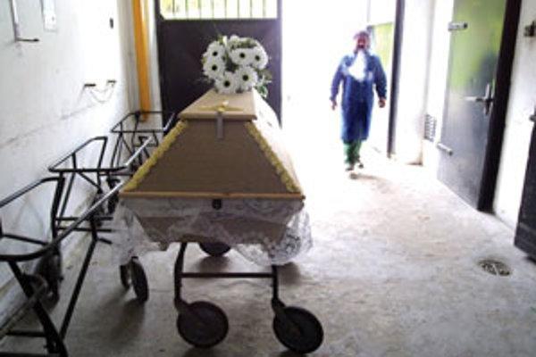Radnica dáva mŕtvych spopolniť.