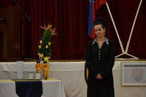 Za Karmen Pál Baláž prevzala Cenu primátora jej mama Monika.