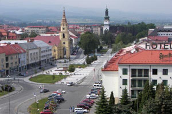 Zvolenský okres evidoval v porovnaní s predchádzajúcim rokom o 680 návštevníkov menej, Krupinský o 11 860 viac.