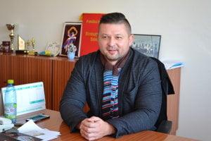 Michal Vohar. V župných voľbách mu nepripísali hlasy.