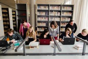 Knižnica filozofickej fakutly Masarykovej univerzity v Brne.