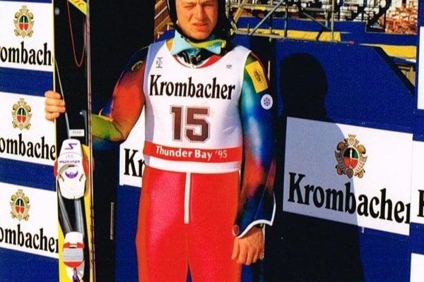 Rozlúčka so súťažným kolotočom prišla po MS v Kanade v roku 1995.