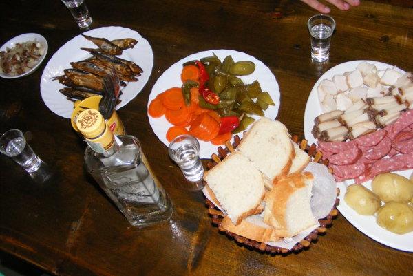 Gastronomický zážitok na četníckej stanici v Koločave.