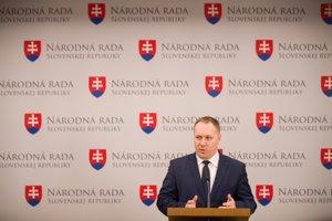 Poslanec Richard Vašečka bude kandidovať na post predsedu KDH.