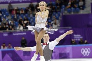 Aľona Savčenková a Bruno Massot počas svojho krátkeho programu.