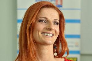 Martina Halinárová je bývalá slovenská reprezentatka v biatlone. Štartovala na piatich olympijských hrách. V Lillehammeri bola šiesta vo vytrvalostných pretekoch. V NAgane bola členkou śatfety, ktorá skončila na 4. mieste. Z MS 1999 má striebro. V súčastnosti je kondičnou trénerkou v Dukle Banská Bystrica.