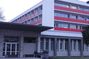 Na všetky tri internáty UKF pôjdu stovky tisíc eur.