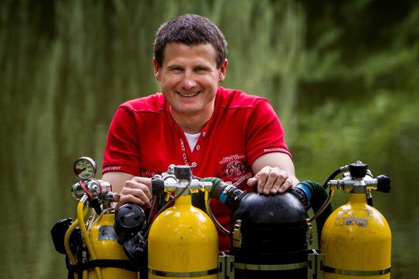 Peter Kubička, medzinárodný inštruktor potápania.